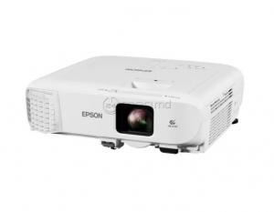 EPSON EB-2247U LCD x3